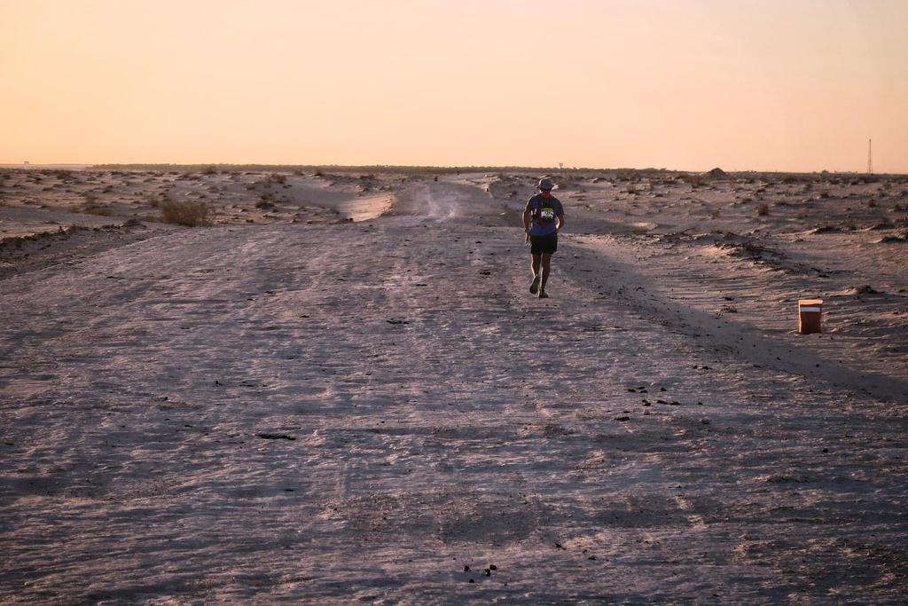 Vers le 70ème km, une large piste