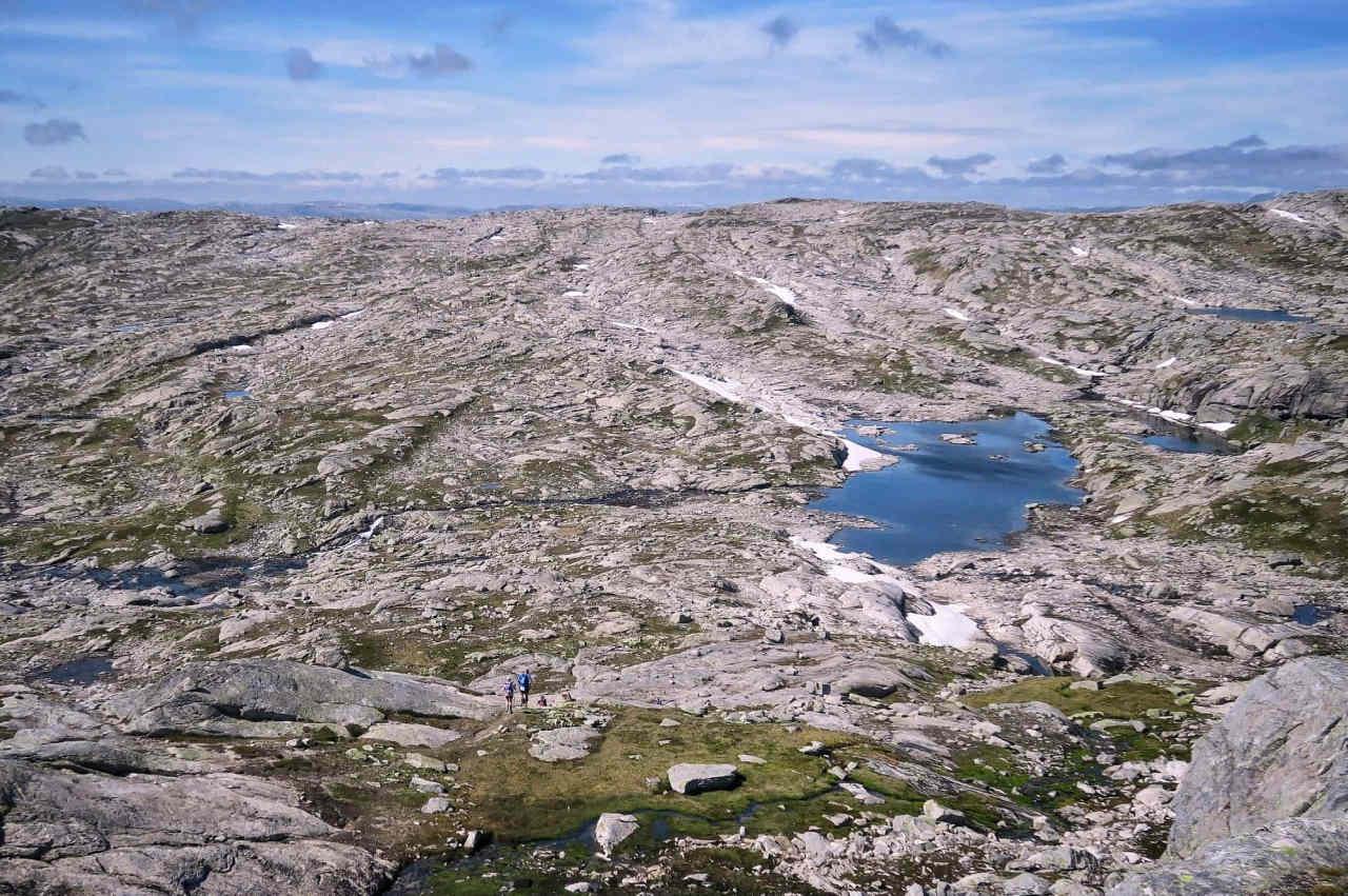 Sur les hauteurs minérales entre Voss et Bergen